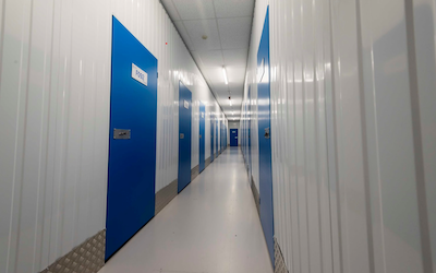 Specialist storage during your laboratory relocation